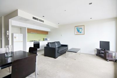 Victoria Point, 12 floor - FULLY FURNISHED: Stunning Views!