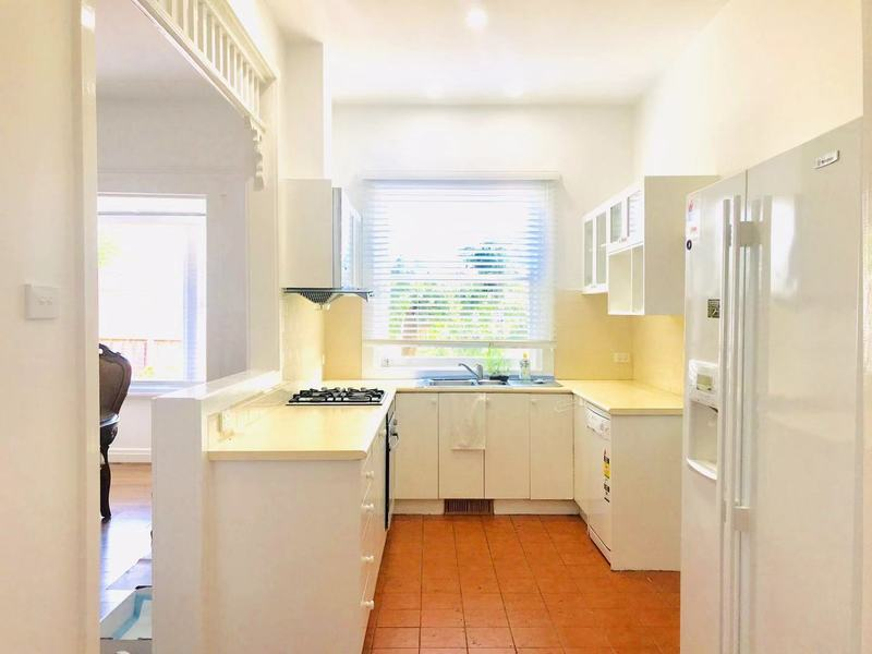 Charming Furnished Family House in Box Hill Central