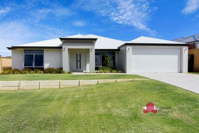 Do you want beach side living at an affordable price? Walk down to the beach and come back to this stunning property.