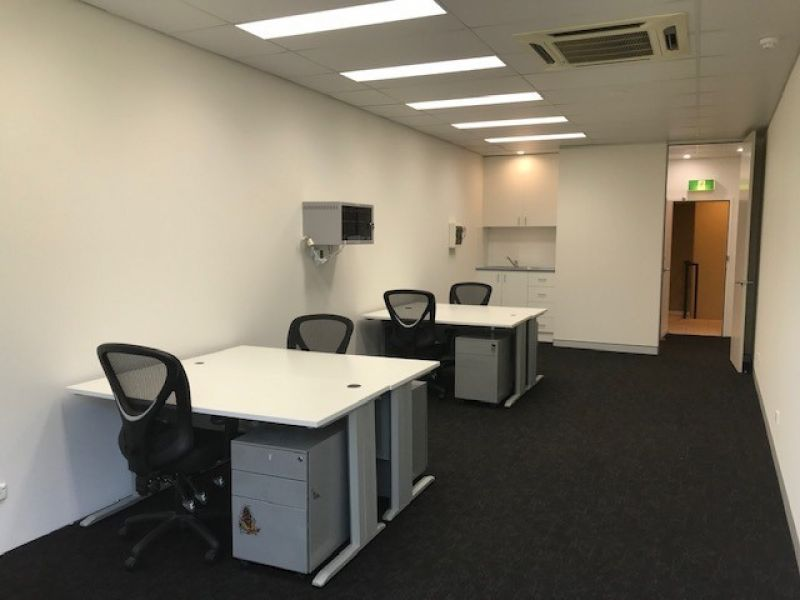 MODERN OFFICE SUITE - POTENTIAL TO OCCUPY + INCOME
