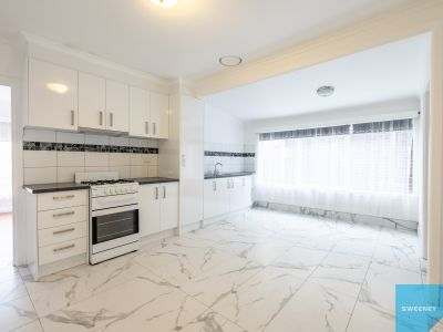 Stylish fully renovated family home – Located right in the heart of Seddon Village