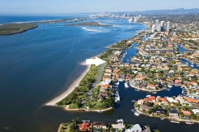 Location, Location, Location. Magnificent Broadwater views, Developer required