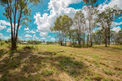 7,007m2 WITH TRANQUIL SURROUNDS, NO REAR NEIGHBOURS AND CLOSE TO RIVER