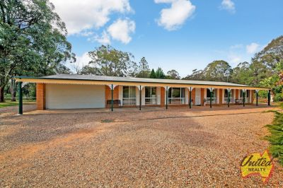 Corner Acreage – Perfect for Truckies/ Horse Lovers!