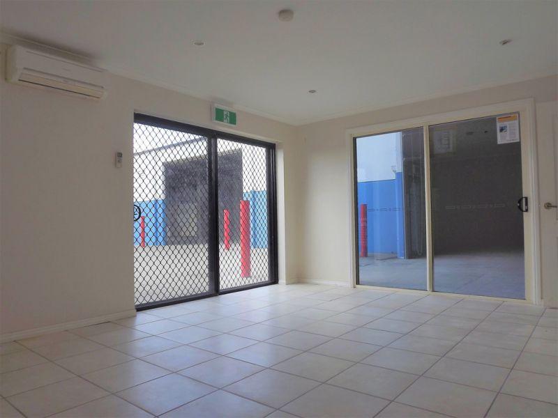 TILT PANEL OFFICE/WAREHOUSE - 348SQM