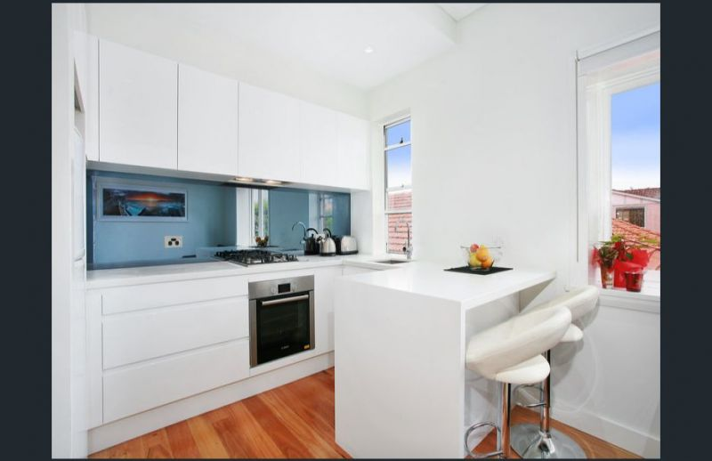 Relaxed coastal 1 bed + study exclusive apartment