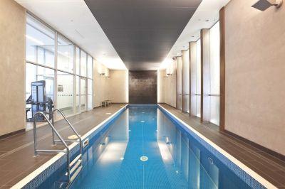 MAINPOINT, 14th floor - Modern Cosmopolitan Delight!