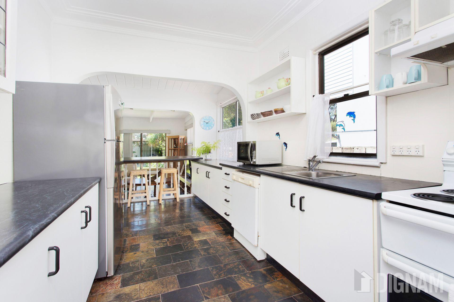2 Godolphin Street, Bulli NSW