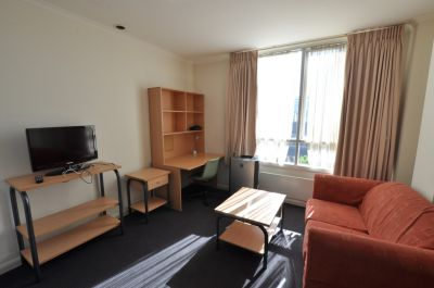 Fantastic, Furnished, Conveniently Located Studio!