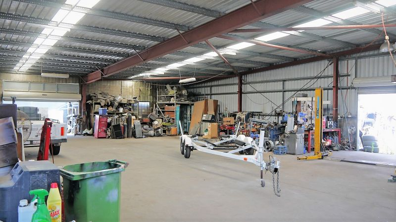 709m2 Industrial Shed – Zoned GI