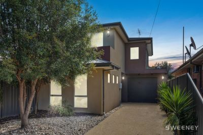 Easy Family Living, Prime Lifestyle Location!