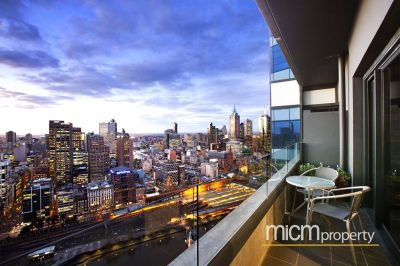Eureka Tower: Breathtaking Views From High in the Sky!
