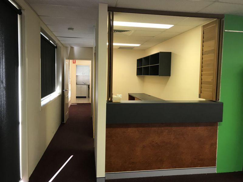 Ground Floor Office Suite in Burleigh Office Park Estate