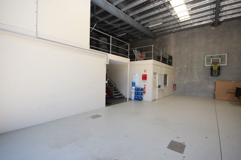 Tilt panel warehouse with office and dual mezzanines