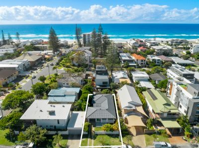 BEST VALUE HOUSE IN MERMAID BEACH  COMPREHENSIVELY RENOVATED
