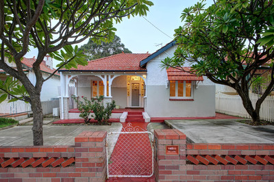 EARLY CENTURY CHARMER - UNDER OFFER