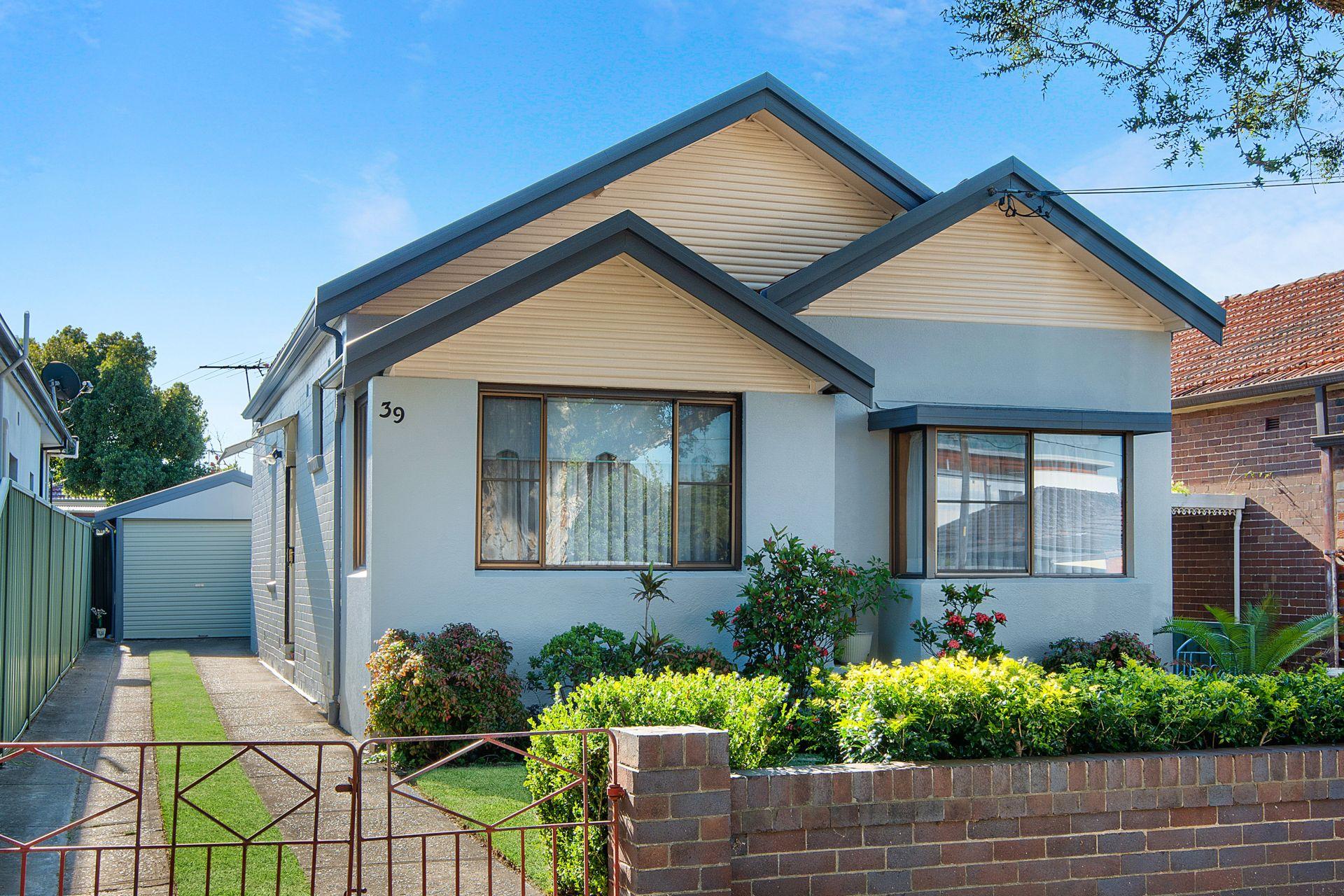 39 Omaha Street, Belfield NSW 2191