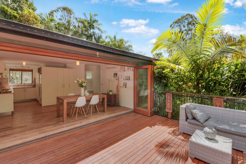 AUCTION THIS SUNDAY!   ESCAPE TO THE HINTERLAND