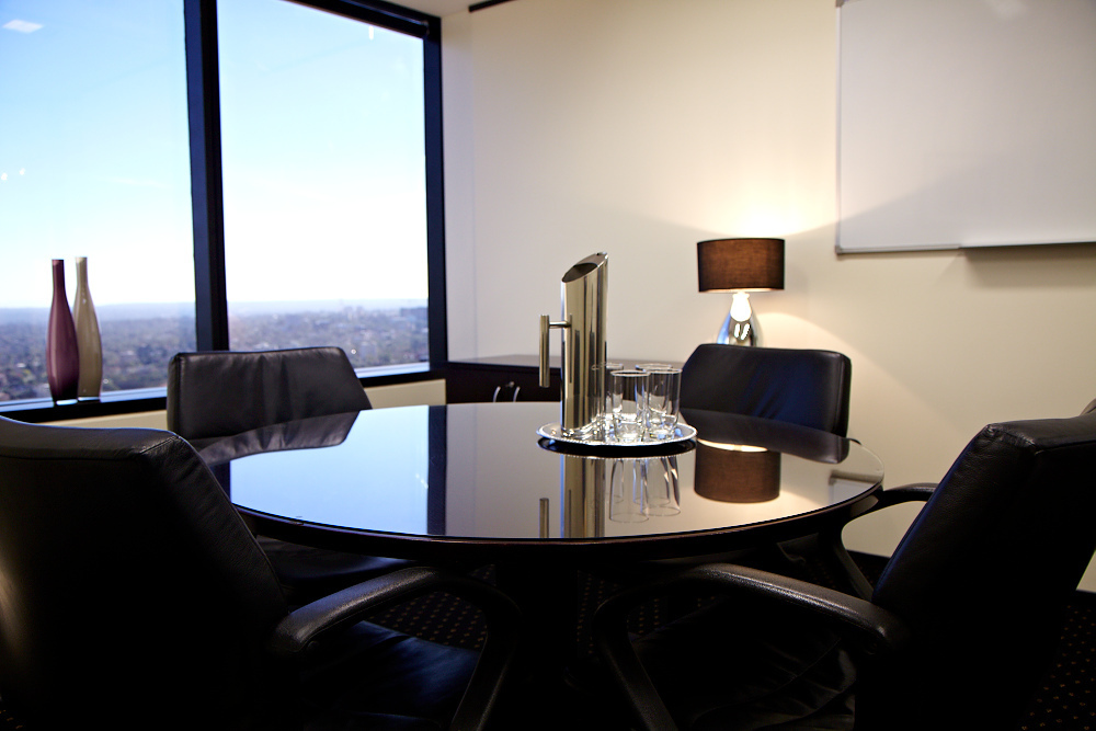 2-PERSON OFFICE IN THE HEART OF NORTH SYDNEY WITH AMAZING VIEWS