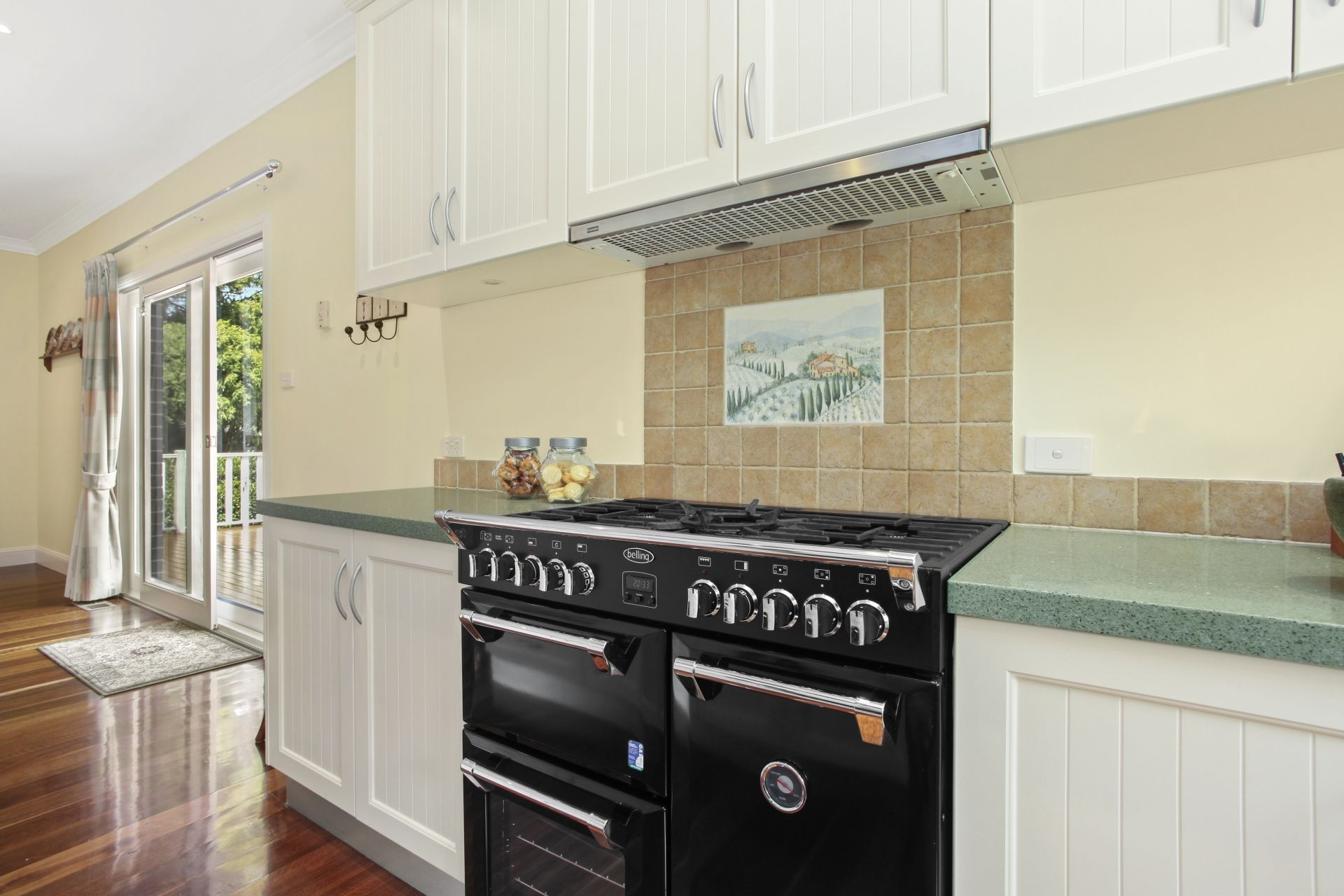 12 Armstrong Street Wentworth Falls 2782