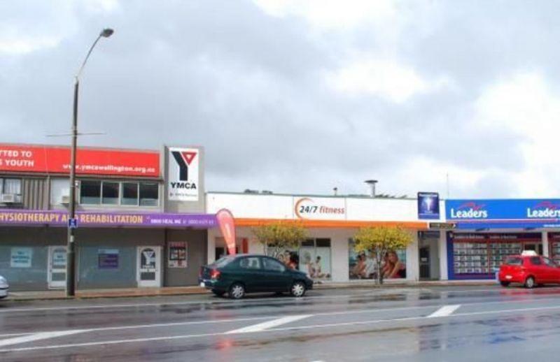 6 Lyttleton Avenue, Porirua