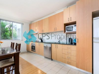 QUIET SECLUDED 2 BEDROOM APARTMENT FACING BACK OF BUILDING - A MUST SEE  INSPECT - SATURDAYS - 10:30AM TO 11:00AM