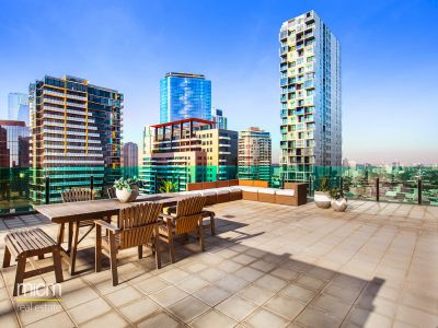 Magnificent Penthouse with Unparalleled Rooftop Entertaining