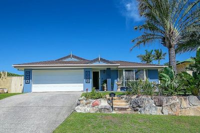 PICTURE PERFECT HOME WITH INGROUND POOL