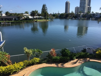 Absolute Waterfront - Position, Pools, Pontoons and Peaceful Living