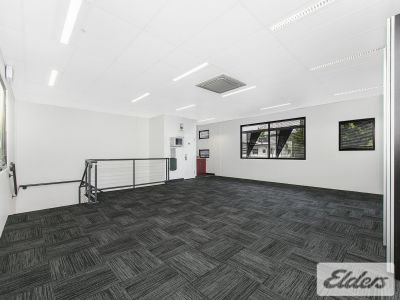 QUALITY OFFICE ONLY SECONDS FROM GASWORKS!