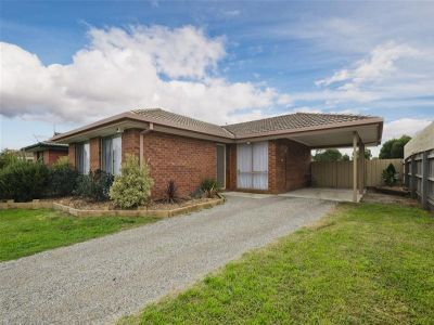 Lovely home with large yard situated in handy location - LEASED