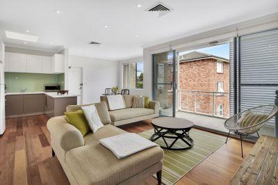 Sprawling Apartment in Convenient Locale