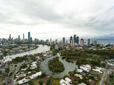 Spacious home located in the popular Broadbeach Waters