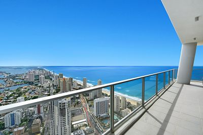 Spectacular 67th floor Sub-Penthouse with roughly 300m2* of Luxury living