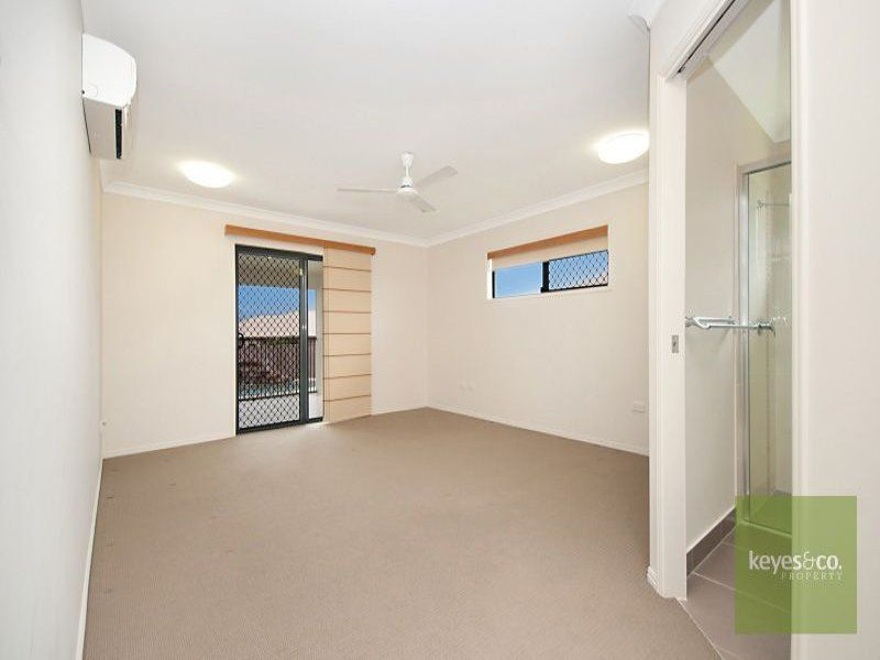 3 Narwee Place, Douglas