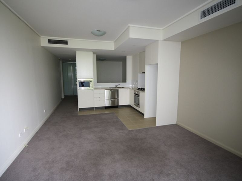 2 The Crescent Wentworth Point 2127