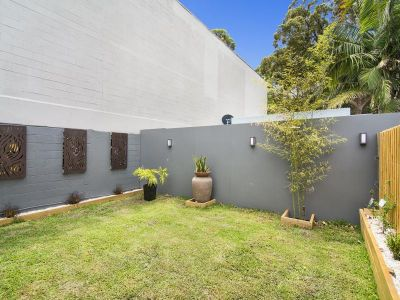 Luxurious Gem in Centrally Positioned Locale