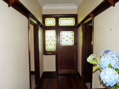 CHARMING 1920S CHARACTER HOME