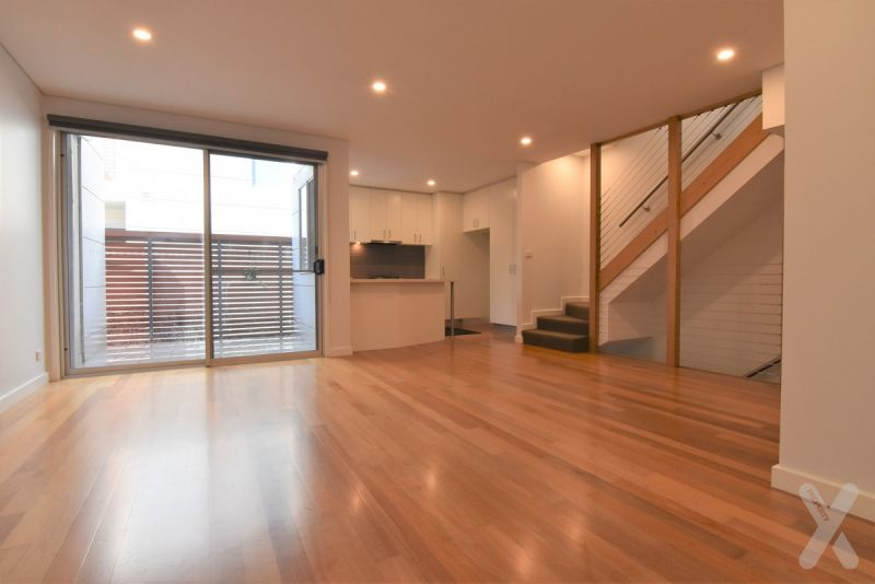 Large Two Bedroom Townhouse in West Melbourne!