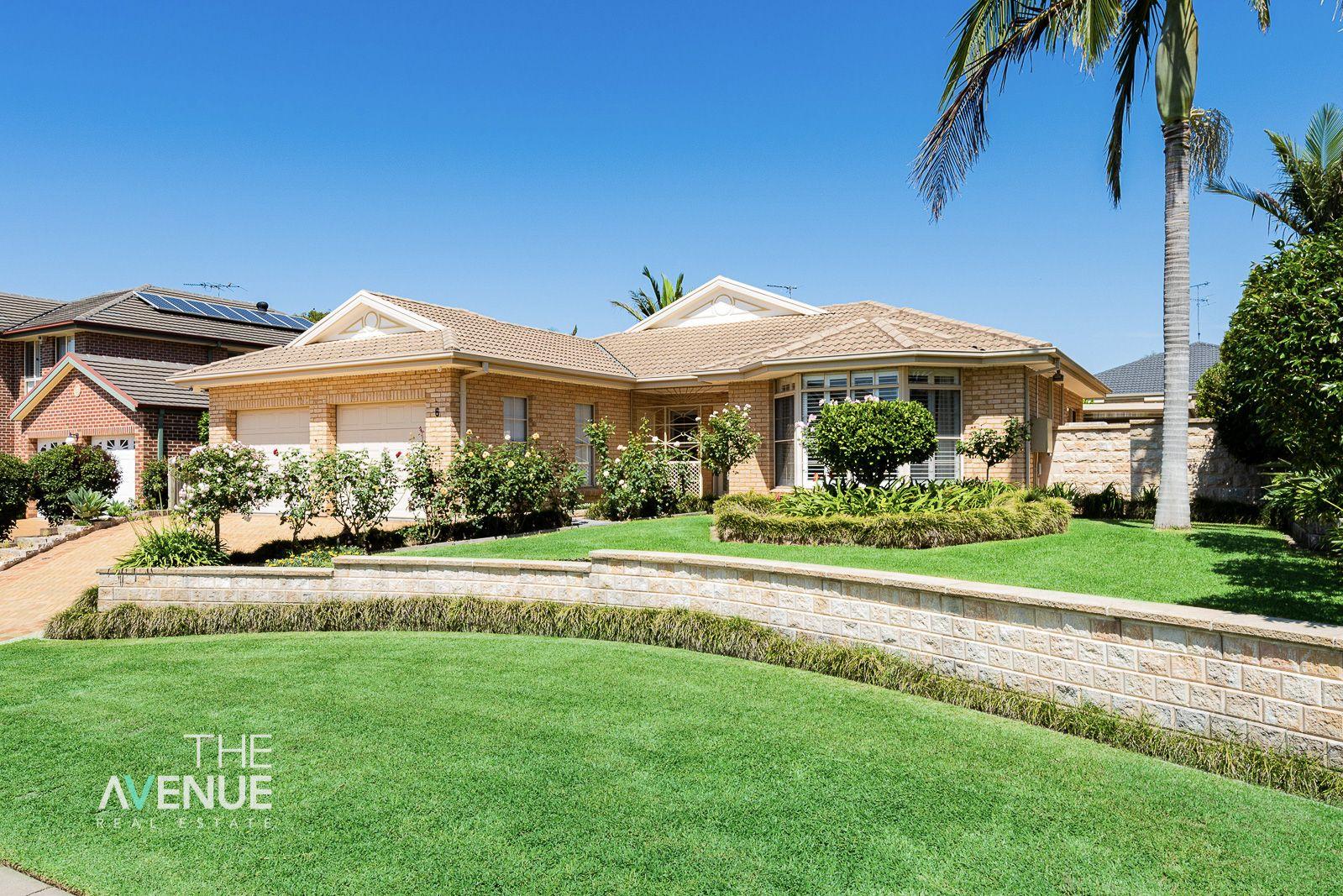 6 Eugenes Glen, Beaumont Hills NSW 2155