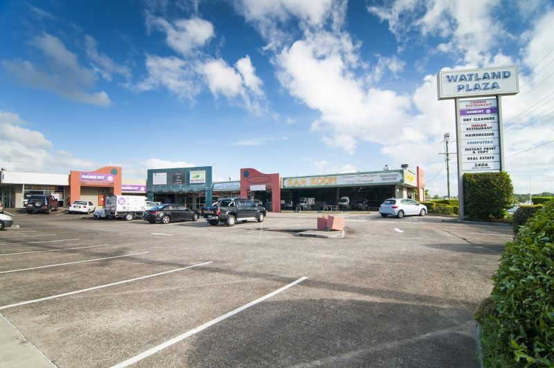 RETAIL CONVENIENCE CENTRE WITH HUGE POTENTIAL - WATLAND PLAZA