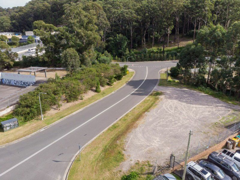 AUCTION - INDUSTRIAL LAND