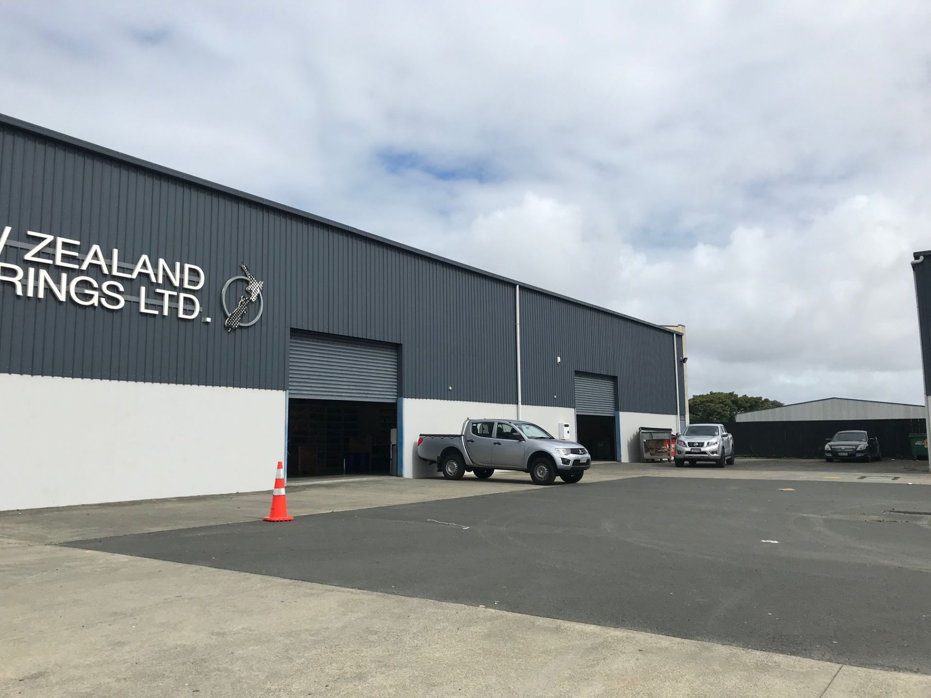 Affordable warehouse in the heart of Wiri