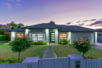 First Class Living - Executive home on 1061m2