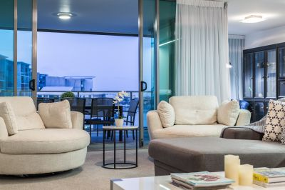 Owner Downsizing - North-to-Water Contemporary Apartment
