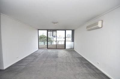 Parkside: 4th Floor - Convenient Location!