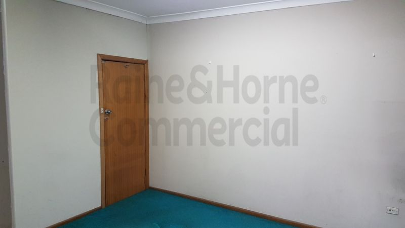 Great Value Dee Why Office!