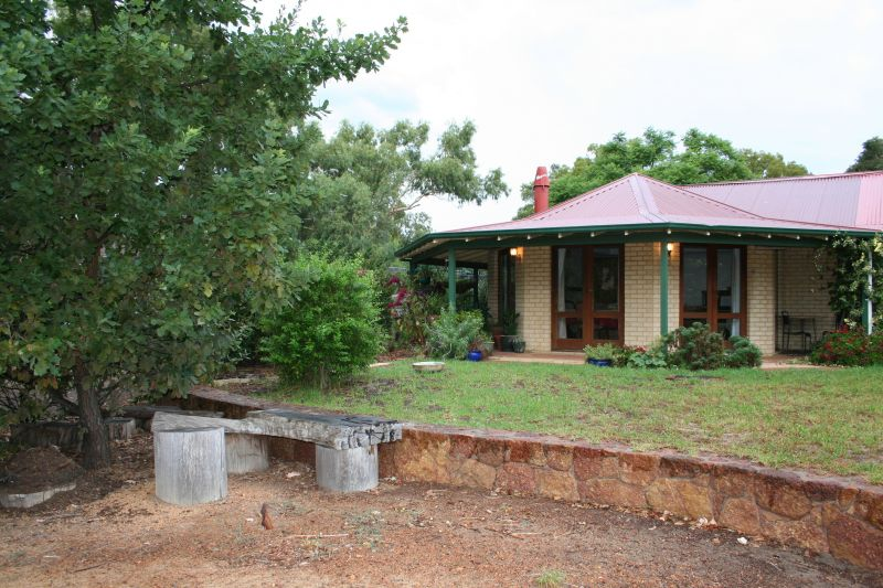 For Sale By Owner: 3 Tower Road, Roleystone, WA 6111