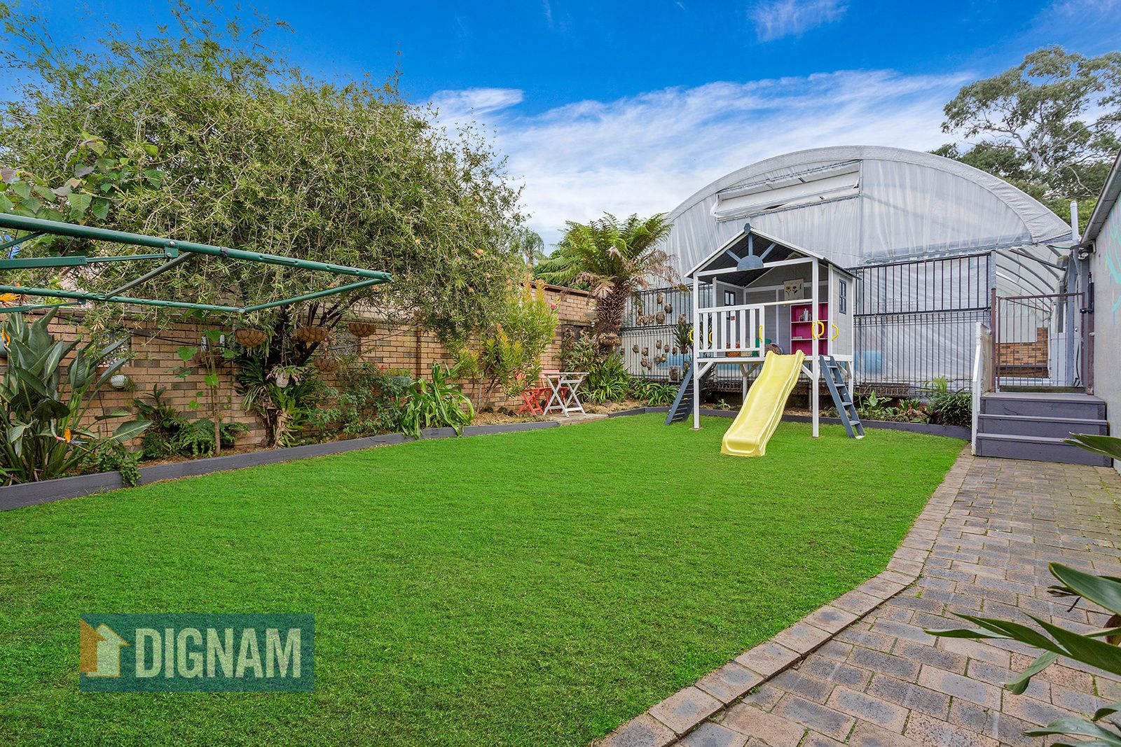 44 Mountain Avenue, Woonona NSW