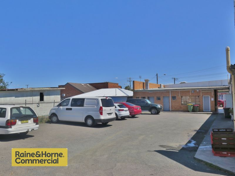&LEASED by Ben Purdue 0450 719 600